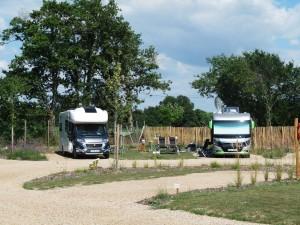 Camping Yelloh! Village Le Pin Parasol 5 étoiles - Aire de service pour camping-car 2