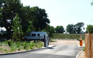 Camping Yelloh! Village Le Pin Parasol 5 étoiles - Aire de service pour camping-car 3